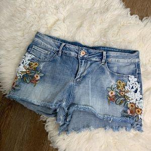 [Vanilla Star] Boho Cutoff Stretch Jean Shorts